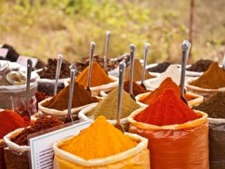 Спеції, ювелірні прикраси і натуральні масла з Єгипту