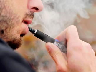 Чи буде в США введена заборона на електронні сигарети?
