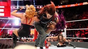 WWE проводить перший жіночий матч в Саудівській Аравії з боротьби