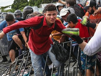 Законодавці США відстоюють права мексиканських біженців