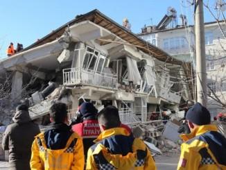 В результаті землетрусу в східній Туреччині загинули, щонайменше, 18 осіб