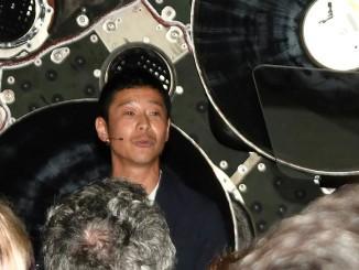 Японський мільярдер, шукає супутницю життя, з якою відправиться в подорож на Місяць