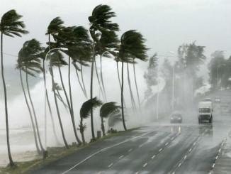 Тропічні циклони