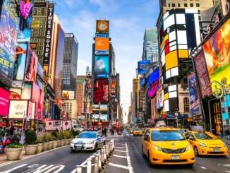 Трамп розглядає нові можливі обмеження на туристичні поїздки